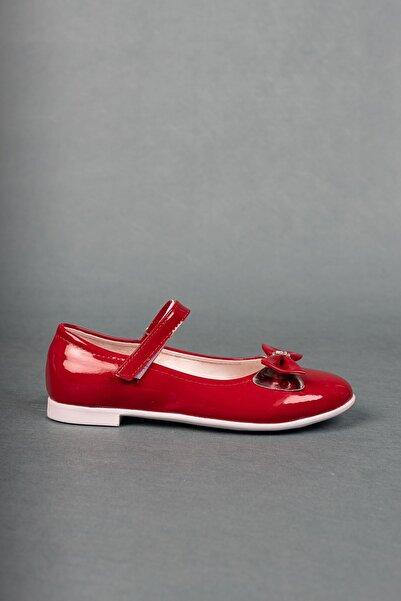 Aymeravm Kırmızı Rugan Kız Çocuk Ayakkabı