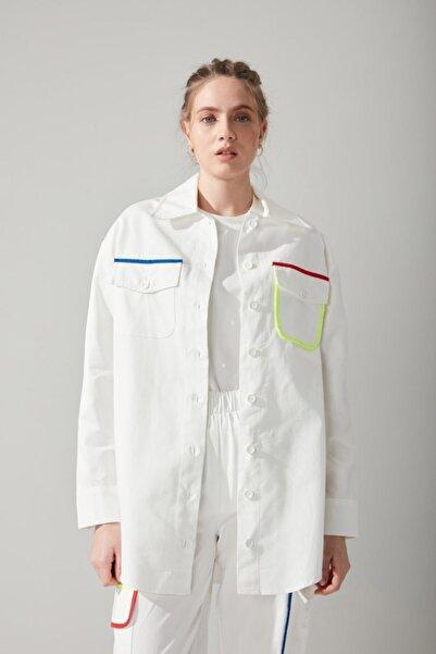 Mizalle Renkli Biyeli Beyaz Gömlek