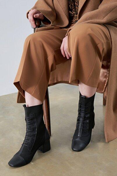 Gusto Triko Bağcıklı Deri Detaylı Çizme - Siyah