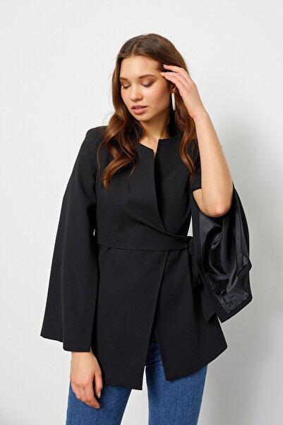Setre Kadın Siyah Kruvaze Pelerin Ceket
