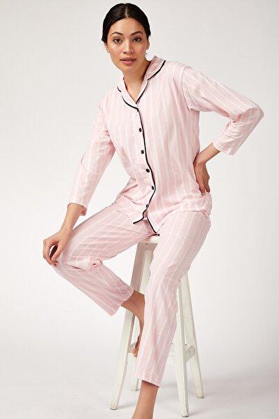 Happiness İst. Kadın Pembe Çizgili Pamuklu Örme Pijama Takımı GL00001