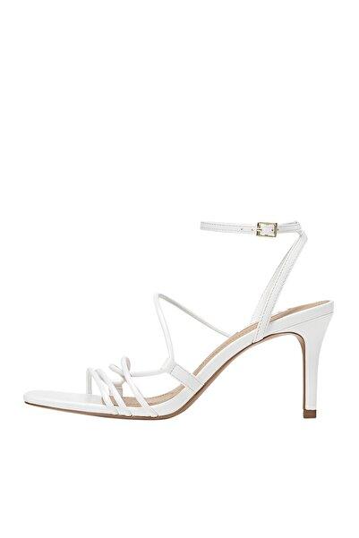 Stradivarius Kadın Beyaz Bantlı Topuklu Sandalet 19214570