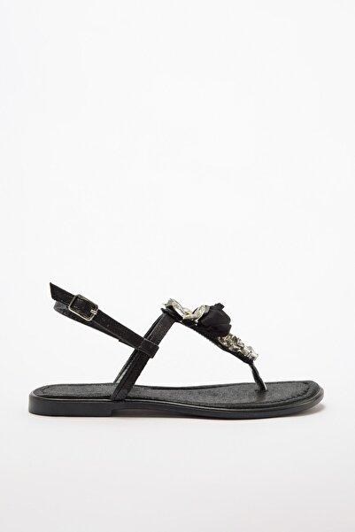 TRENDYOLMİLLA Siyah Taş Detaylı Kadın Sandalet TAKSS20SD0012