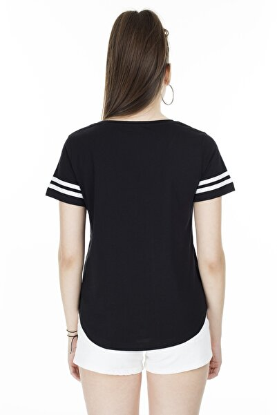 Baskılı V Yaka T Shirt KADIN T SHİRT 5411037