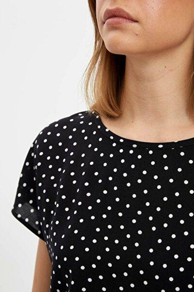 Kadın Siyah Regular Fit Kısa Kollu Bluz N5527AZ.20SP.BK27