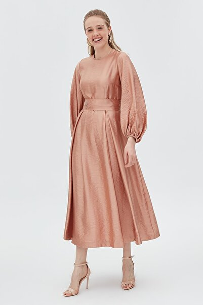 Kuşaklı Balon Kol Elbise Yavruağzı