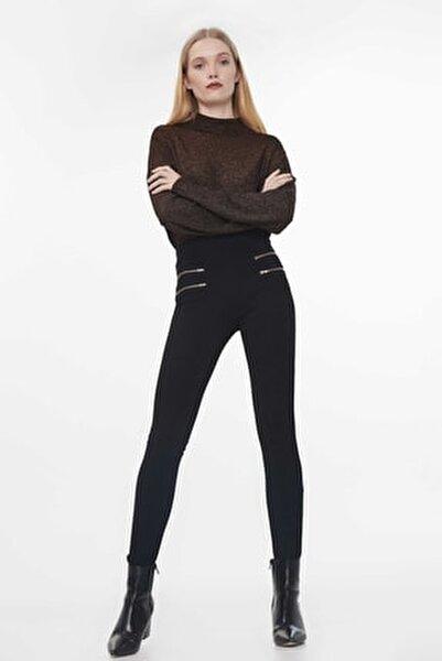 Kadın Siyah Fermuar Şeritli Pantolon IW6190003120001