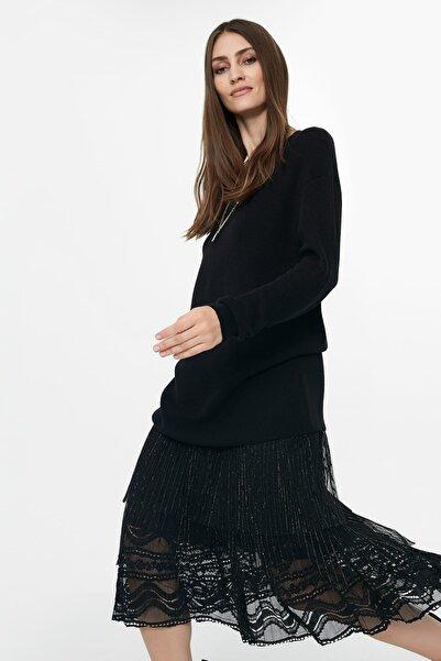 Kadın Siyah Pilisole Etekli Triko Elbise IW6190002180001