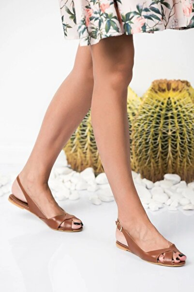 Fox Shoes Taba Kadın Sandalet 9726106609
