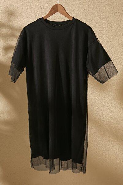 TRENDYOLMİLLA Siyah Bisiklet Yaka Tül Detaylı Örme  Elbise TWOSS20EL2985