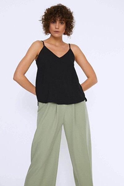 Quzu Kadın Askılı Bluz Siyah 20Y22303-001