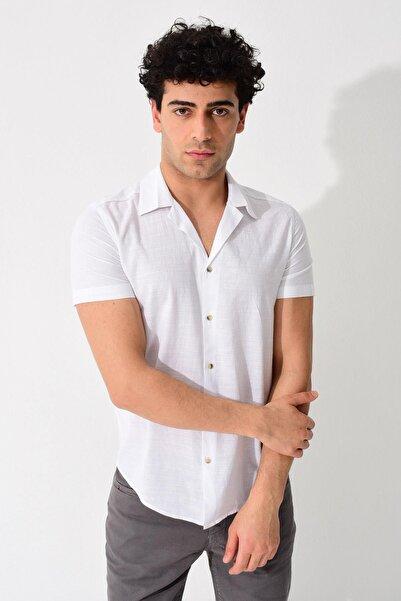 Erkek Beyaz Kısa Kollu Apaş Yaka Regular Keten Gömlek 0YEG12-2179