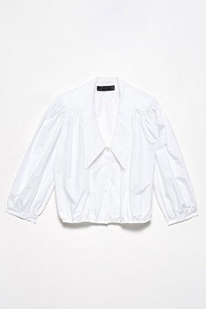 Dilvin Kadın Omuz Vatkalı Gömlek-Ekru 101A05794