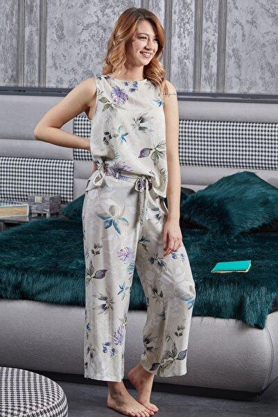 Pamuk & Pamuk Kısa Kol Bahar Çiçekli Viskon Kadın Ev Içi Giyim