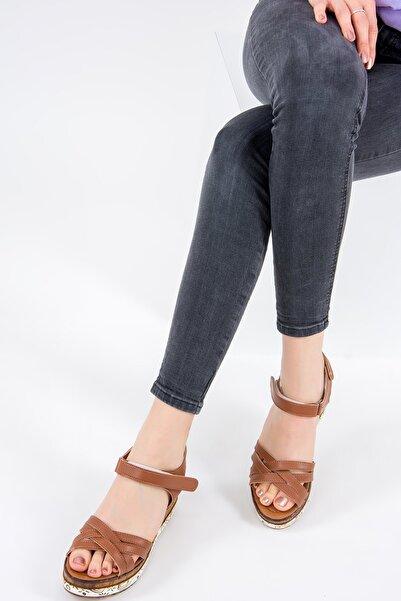 Fox Shoes Taba Kadın Sandalet F288071409