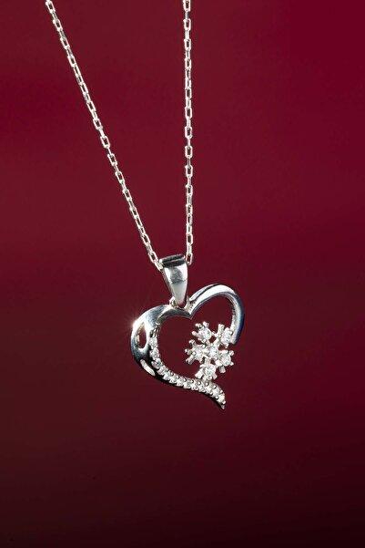 Kar Tanesi Kalpli Bayan Gümüş Kolye