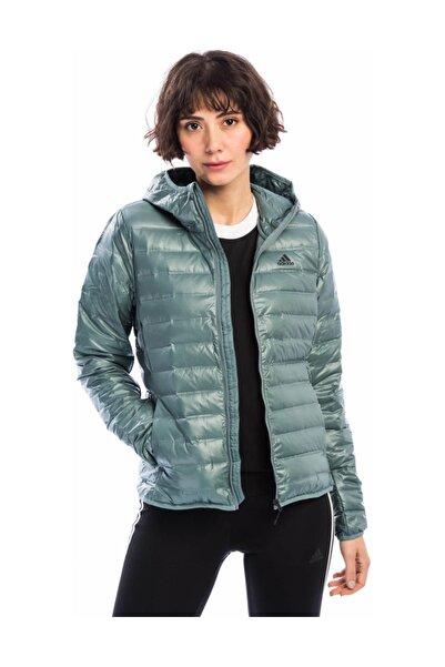 adidas Kadın Mont - W Varilite Ho J Kadın Mont Yeşil - CY8743