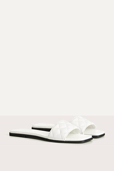 Bershka Kadın Beyaz Düz Yastıklı Sandalet 11802661