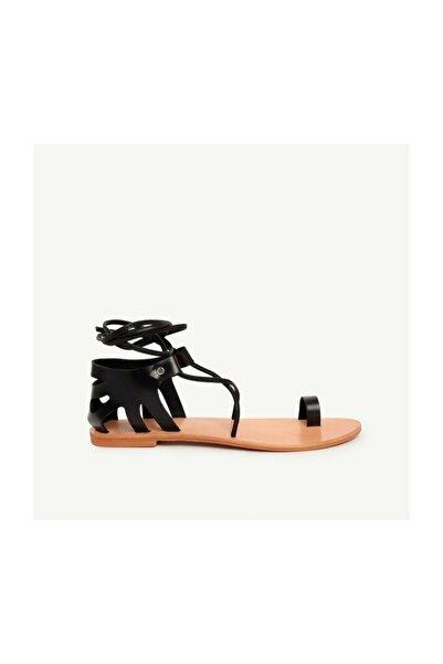 Yargıcı Deri Sandalet
