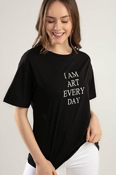 Y-London Kadın Siyah Taş İşlemeli Tişört Y20S134-1916