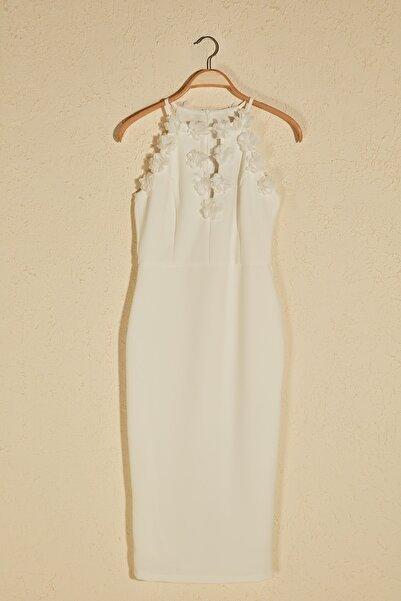 Ekru Aplike Detaylı Elbise TPRSS20EL2715