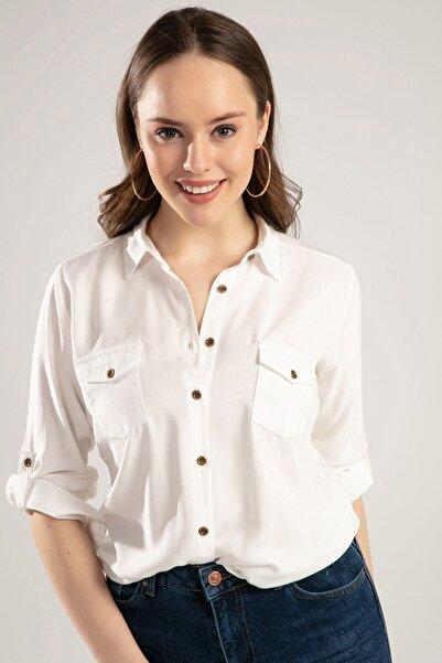 Kadın Beyaz Cep Detaylı Düğmeli Gömlek 3428 Y19W110-3428