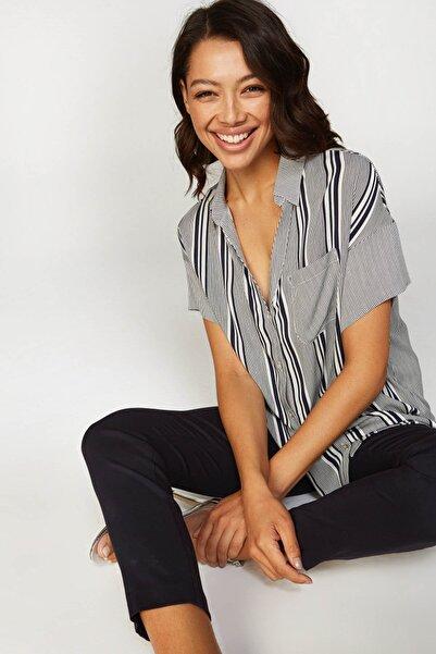 Faik Sönmez Kadın Lacivert Çizgili Gömlek 38419 U38419