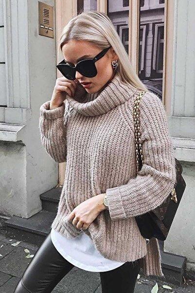 Madmext Kadın Bej Oversize Yırtmaçlı Kazak Mg760