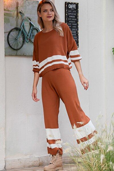 Chiccy Kadın Taba Casual Dev Çizgi Desenli Salaş Üst Ve Bol Paça Çizgi Detaylı Triko Takım M10160000EL96139