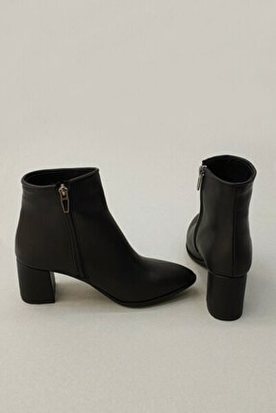 Siyah Kadın Cerin Topuklu Bot