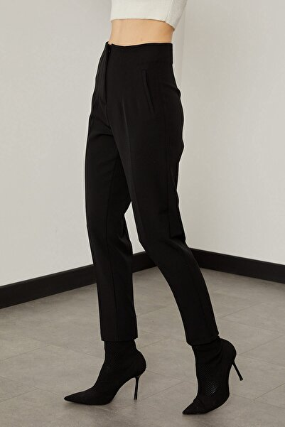 Arma Life Kadın Siyah Pensli Kumaş Pantolon