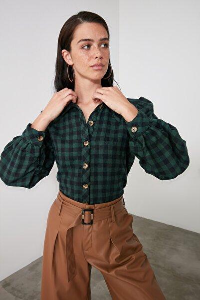 TRENDYOLMİLLA Yeşil Kareli Gömlek TWOAW21GO1026