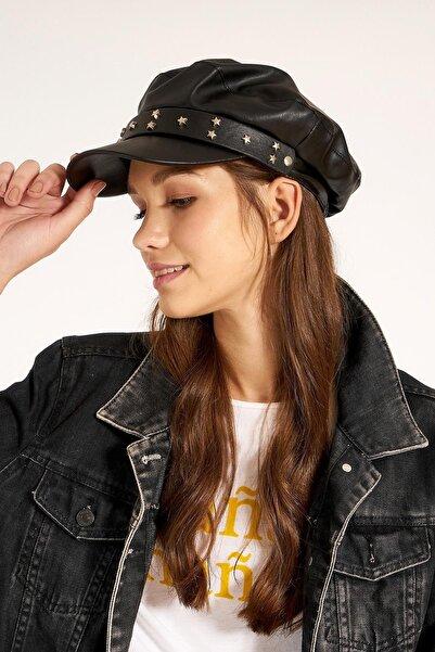 Y-London 13534 Siyah Deri Kasket Taşlı Kemerli Şapka