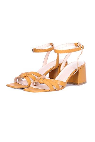 W Collection Kadın Sarı Deri Kısa Topuklu Sandalet