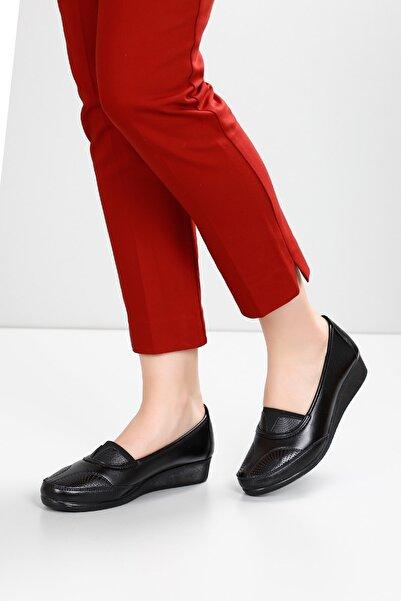 G.Ö.N Kadın Siyah Günlük Ayakkabı 42080