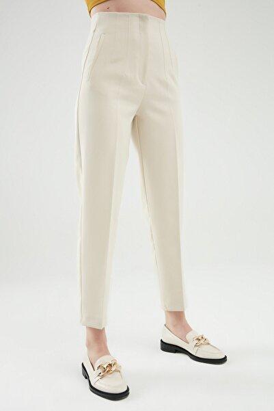 Quzu Pens Detaylı Pantolon Taş