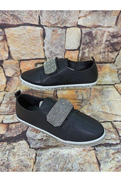 Markopark Cırtlı Taşlı Siyah Kadın Ayakkabısı