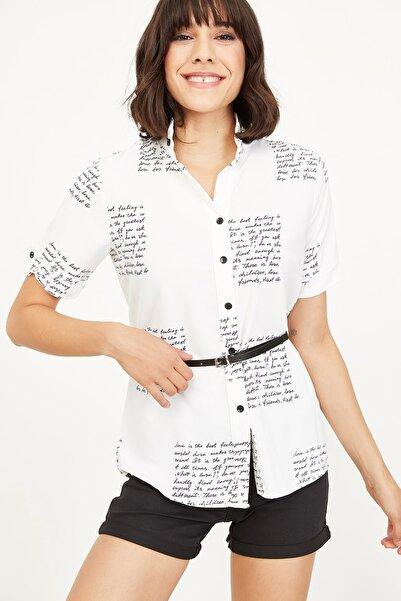Lafaba Kadın Beyaz Yazı Baskılı Gömlek