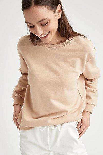 DeFacto Kadın Ekru Yarım Düşük Omuz Sweatshirt