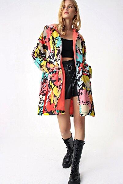 Trend Alaçatı Stili Kadın Multi Fermuarlı Dıjital Baskılı Trençkot