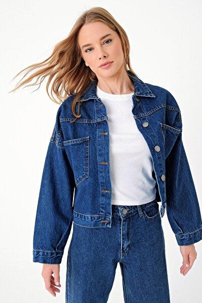 Trend Alaçatı Stili Kadın Koyu Mavi Crop Denım Ceket