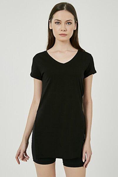 Sateen Kadın Siyah V Yaka Yırtmaçlı Uzun Tshirt