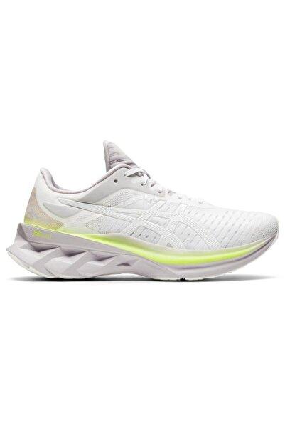 Asics Kadın Beyaz  Novablast Koşu Ayakkabısı