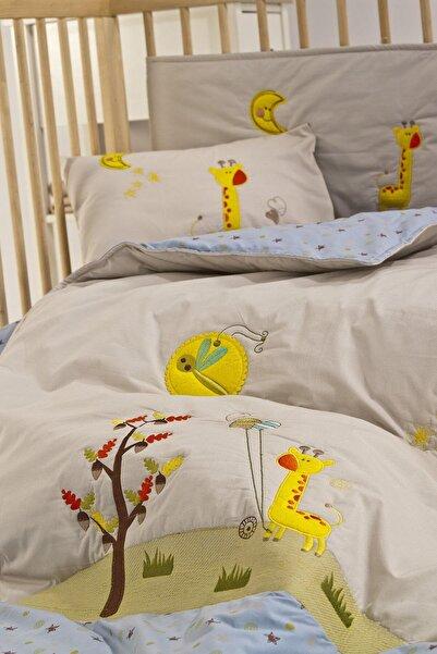 İşbir Yatak Zürafa Bebek Nevresim Seti