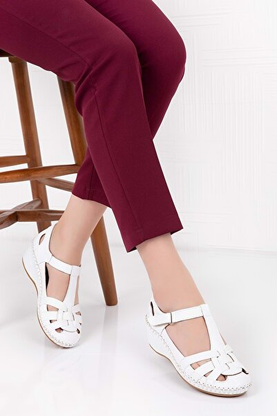 Gondol Kadın Beyaz  Deri Anatomik Taban Sandalet