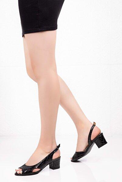 Gondol Kadın Siyah Deri Topuklu Ayakkabı