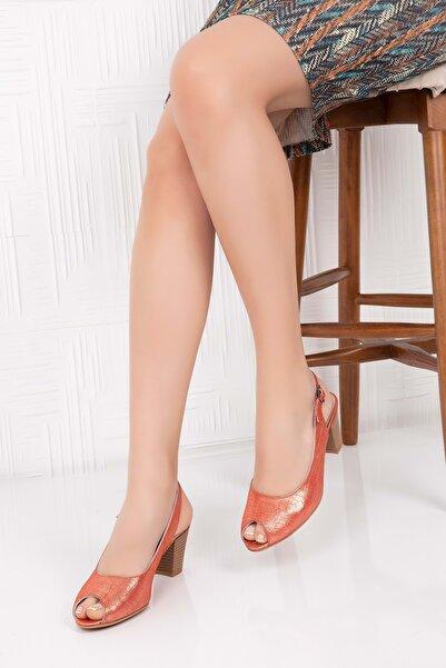 Gondol Kadın Turuncu  Deri Topuklu Ayakkabı