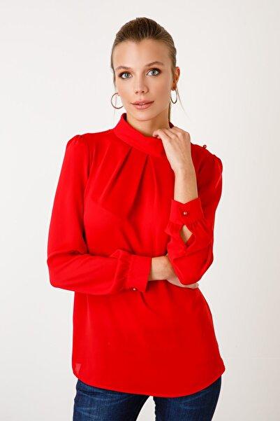 Ekol Kadın Kırmızı Omzu Düğmeli Bluz