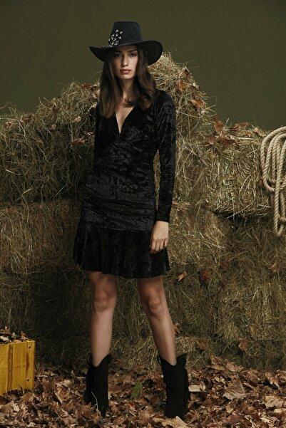 adL Kadın Siyah Etek Ucu Volanlı Elbise 124C1570000001