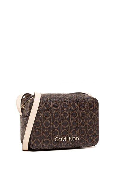Calvin Klein Kadın Kahverengi Çapraz Askılı Omuz Çantası K60k607449